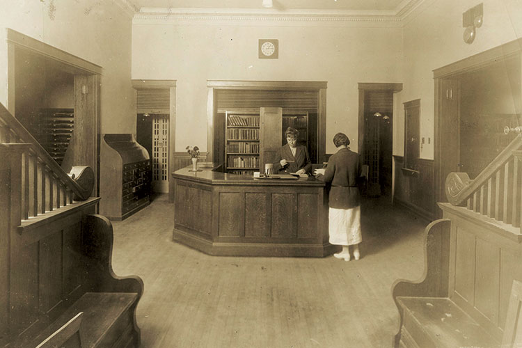 The main lobby of Carnegie Library circa 1923.