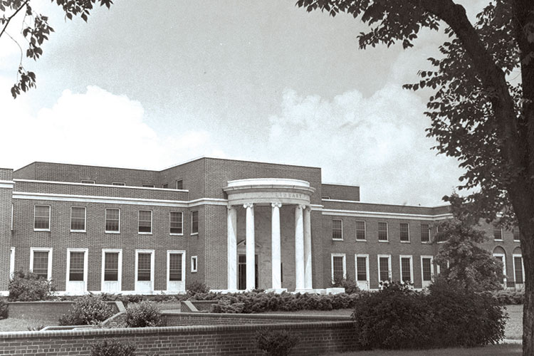 photo of Jackson Library in 1963.